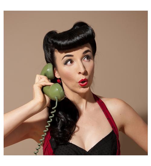 Tamra-on-Phone